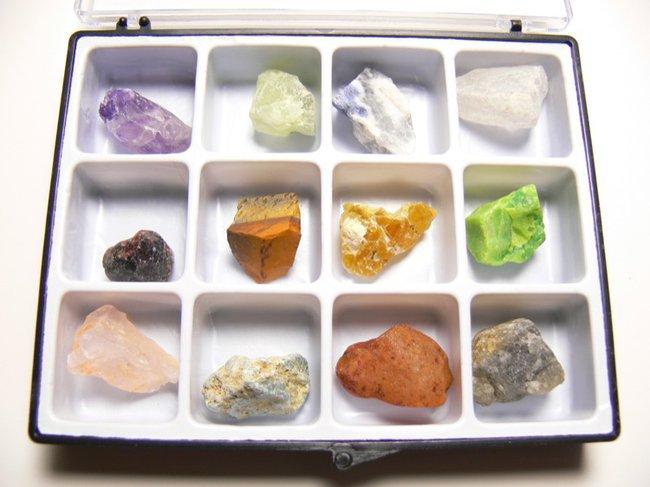 Bien choisir ses bijoux en pierres naturelles