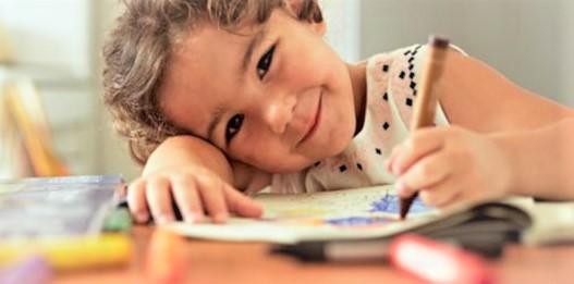 Le coloriage : comment aider son enfant a aimé cette activité saine ?